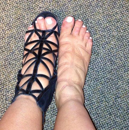 kim-kardashian-feet
